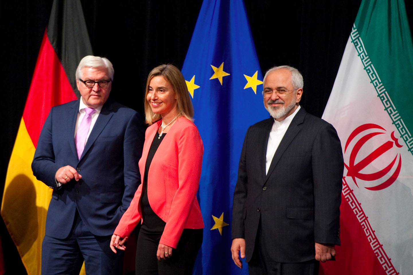 Frank-Walter Steinmeier, German Minister for Foreign Affairs, Federica Mogherini and Mohammed Javad Zarif (from left to right)